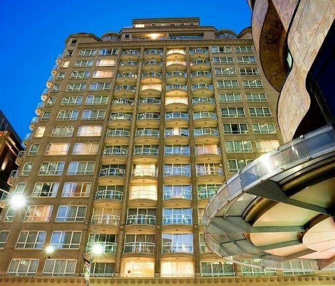 فندق Mantra 2 Bond Street سيدني
