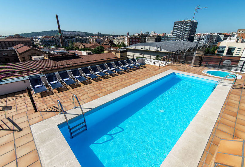 Swimming pool Sunotel Aston Barcelona