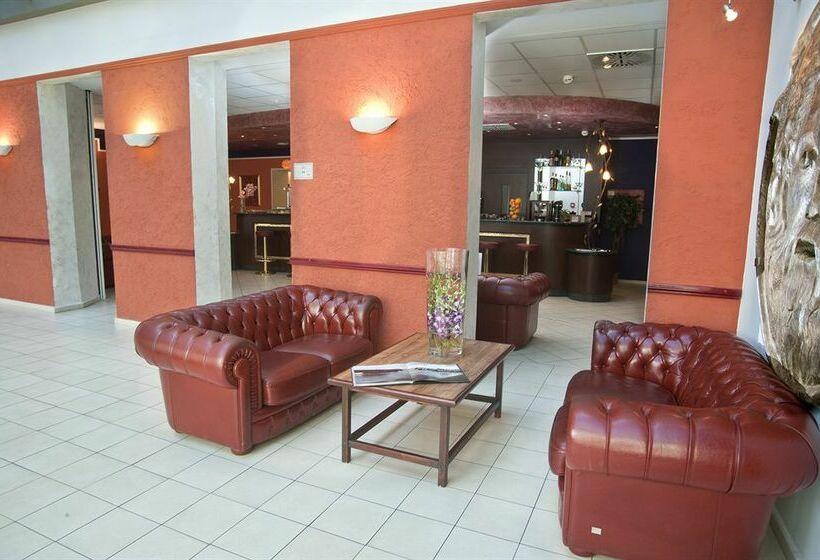 H tel caesar prague prague partir de 21 destinia for Hotel amadeus prague tripadvisor