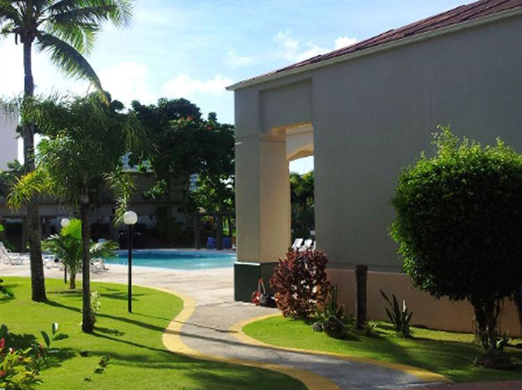 Hotel Garden Villa In Guam Starting At 42 Destinia