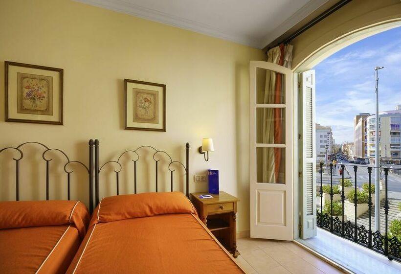 Hotel Tribuna Malaga