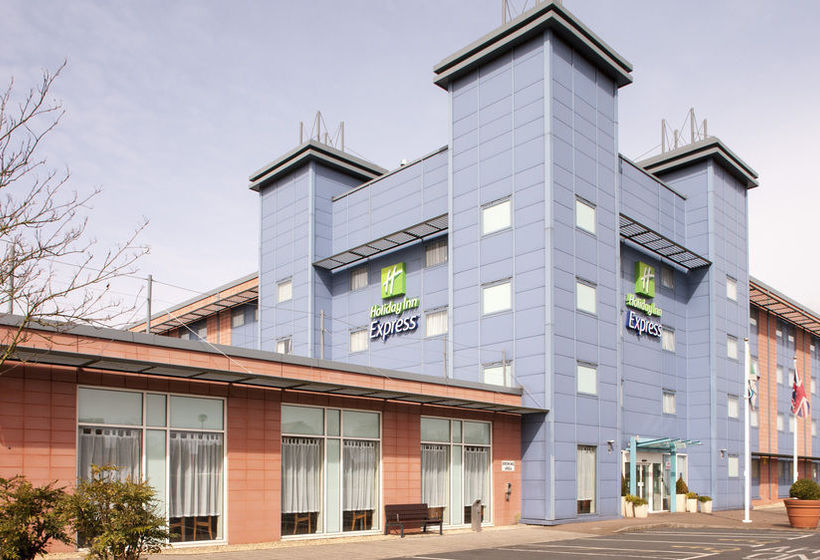 ホテル Holiday Inn Express Oxford-Kassam Stadium  オックスフォード