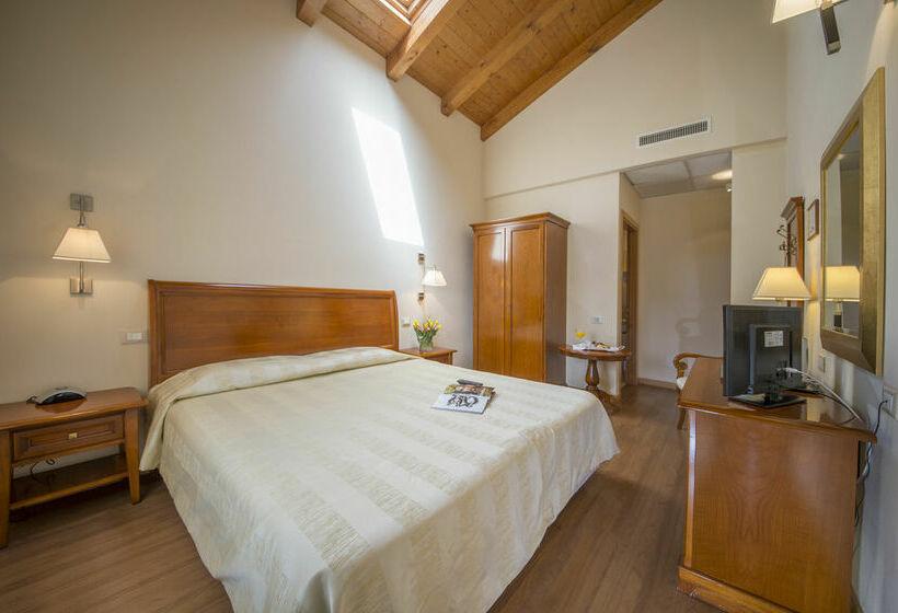 Hôtel Venice Resort Tessera