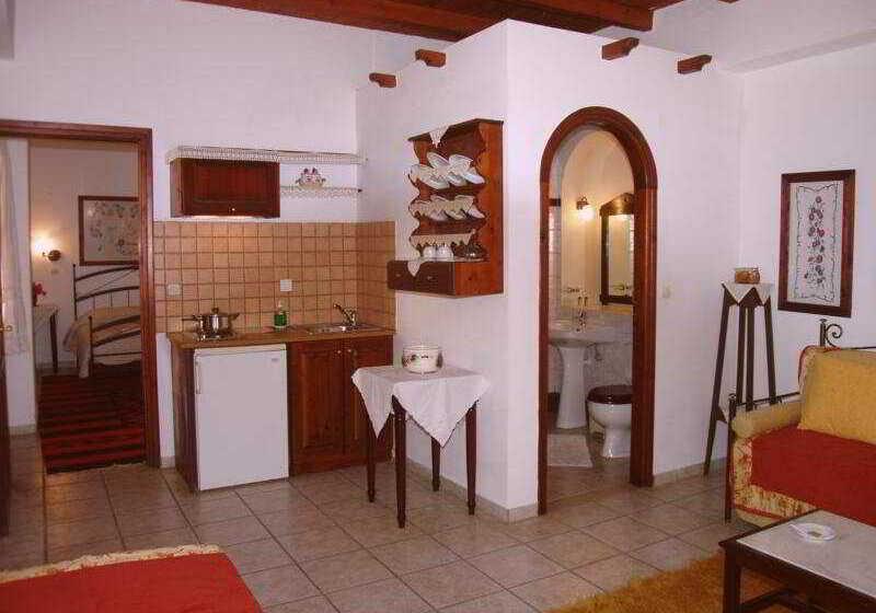 Veneto historic boutique hotel r thymnon partir de 63 for Historic boutique hotel
