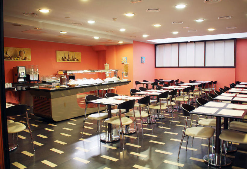 Cafeteria Hotel Ronda Lesseps Barcelona