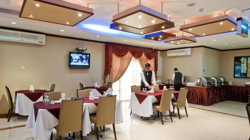 Restaurante Hotel La Villa Palace  Doha