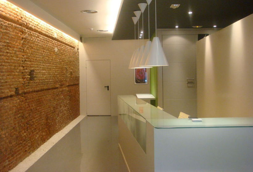 Urban Sea Hotel Atocha 113 مدريد