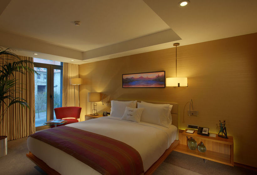 Room Hotel Doubletree By Hilton Istanbul Old Town