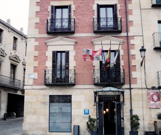 外部 Hotel Soria Plaza Mayor ソリア