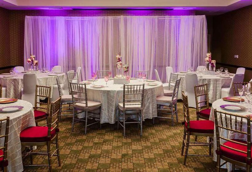 H Tel Hilton Garden Inn Arlington Shirlington Arlington Partir De 66 Destinia