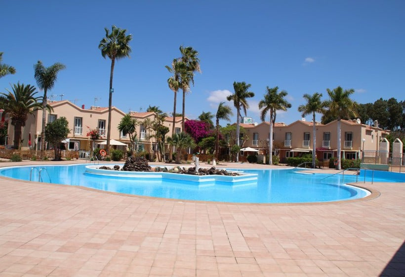 Swimming Pool Oasis : Green oasis club in maspalomas starting at £ destinia