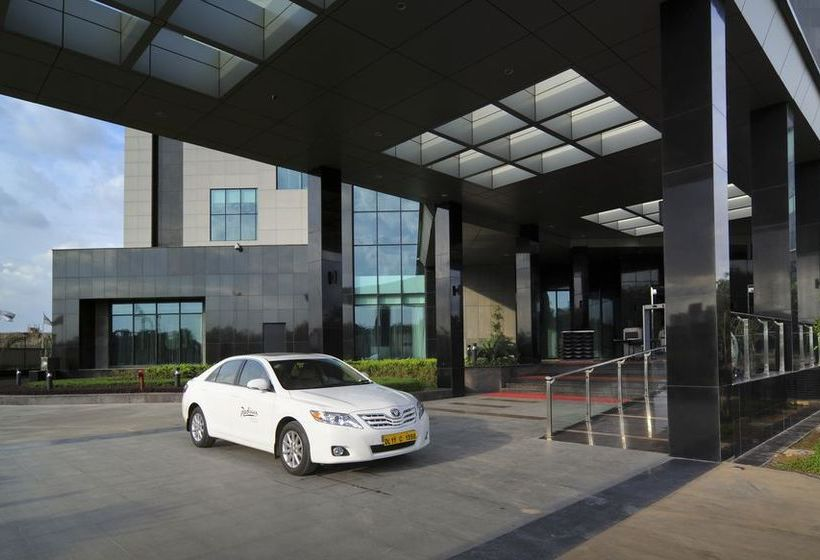 Hotel Radisson Blu New Delhi Paschim Vihar