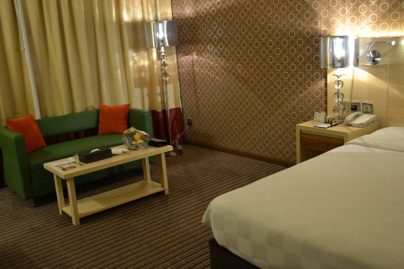 Saffron boutique hotel duba partir de 17 destinia for Saffron boutique hotel deira dubai