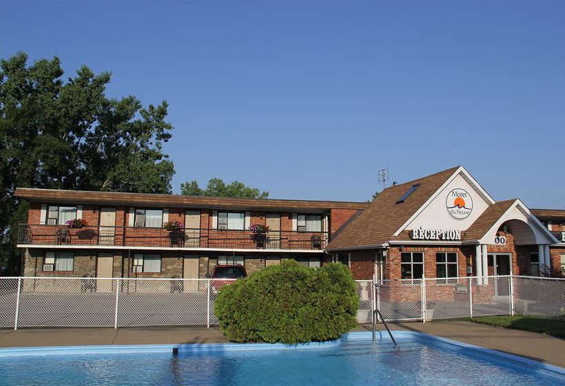 Motel du fleuve brossard partir de 46 destinia for Club piscine brossard