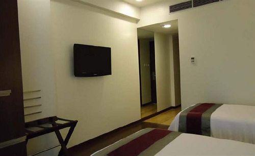 Hotel Sarovar Portico Rajkot