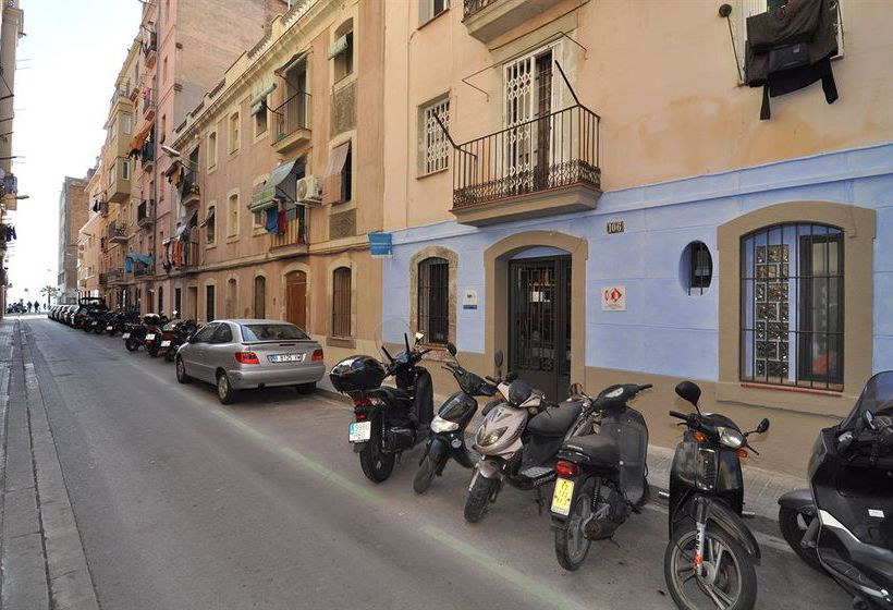 Bedcelona Barceloneta Beach Club & Rooms Hostel برشلونة