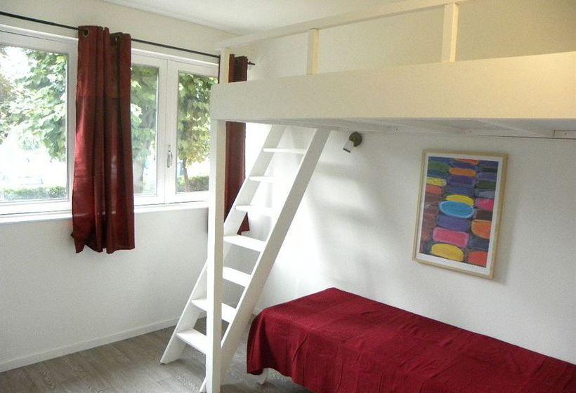 appart 39 h tel studios phenicio porte de versailles vanves partir de 28 destinia. Black Bedroom Furniture Sets. Home Design Ideas