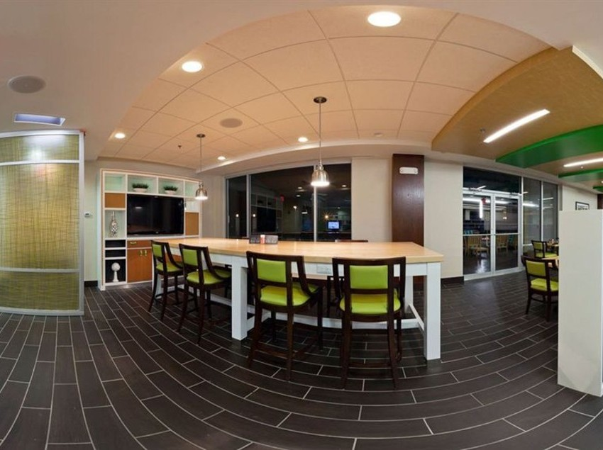 Imagem do Hotel Hotel Holiday Inn Clark  Newark