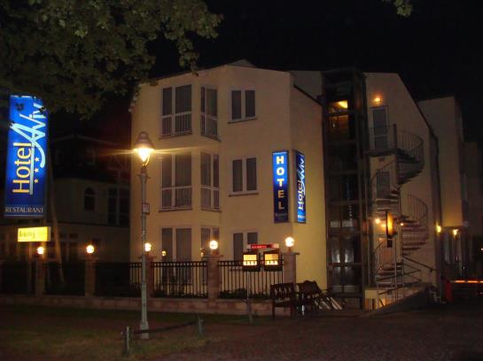 Hotel Aviv am Flughafen Überlingen
