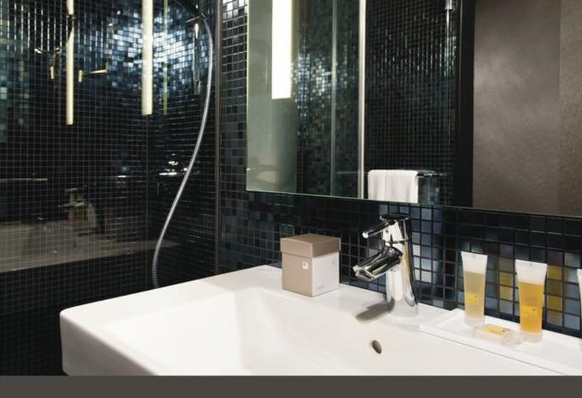 h tel riu plaza berlin berlin partir de 34 destinia. Black Bedroom Furniture Sets. Home Design Ideas