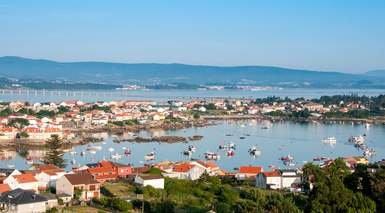 GALICIA: TERRA MEIGA      -                     Rias Baixas, Combarro, Isla de la Toja, O Grove, Pontevedra                     Santiago de Compostela, Vigo, Galicia, Cambados