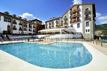 Hotel Golf&SPA Real Badaguás-Jaca - Badaguás