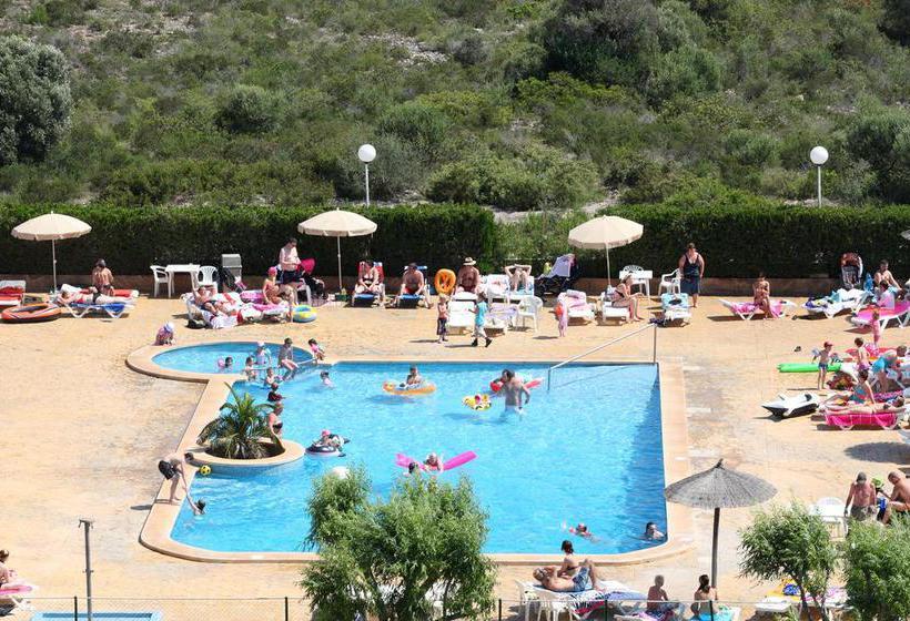 Outside Hotel HSM Canarios Park Calas de Mallorca