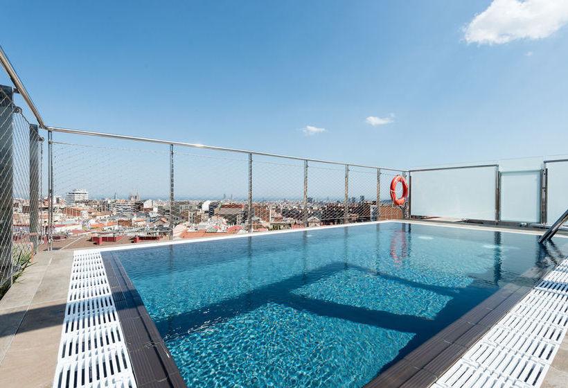حمام سباحة فندق Catalonia Park Putxet برشلونة