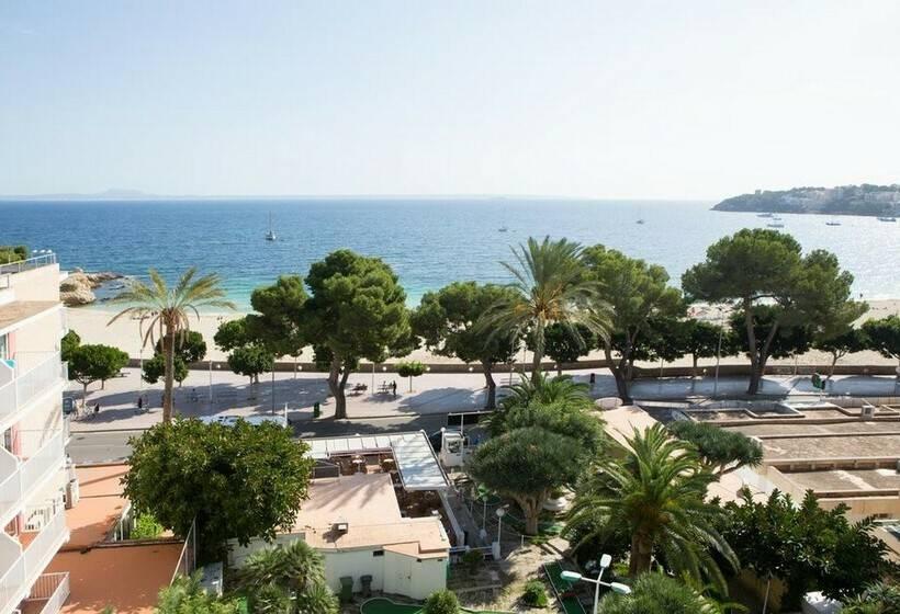 Outside Hotel Tropico Playa Palmanova