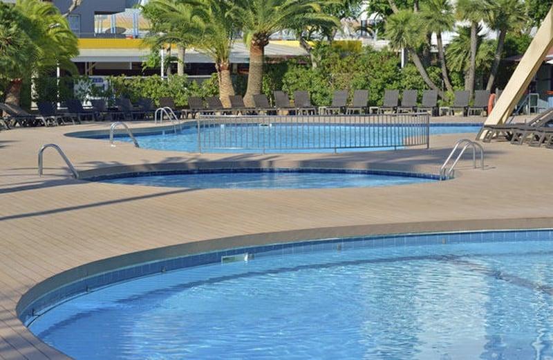 Swimming pool Sol Katmandu Park & Resort Magalluf