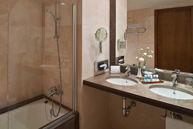 Cuarto de baño Hipotels Sherry Park Jerez de la Frontera