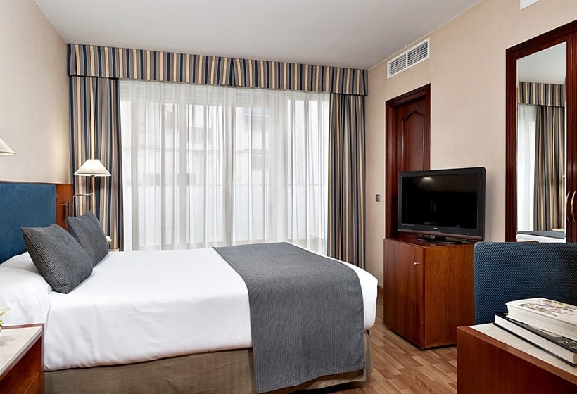 Camera Hotel NH Córdoba Califa Cordova