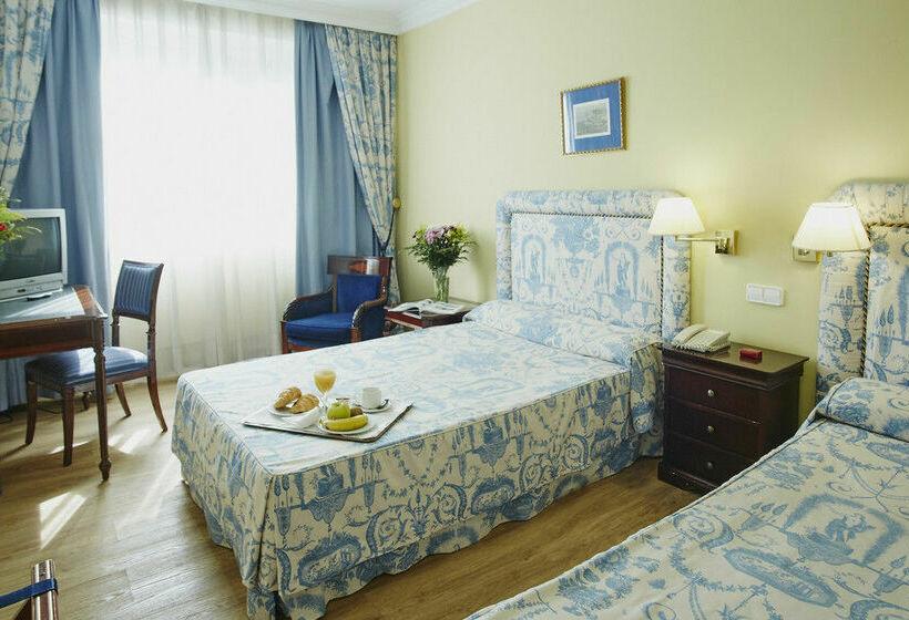 غرفة فندق Osuna مدريد