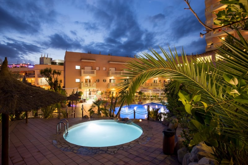 Swimming pool Hotel Alba Seleqtta Lloret de Mar