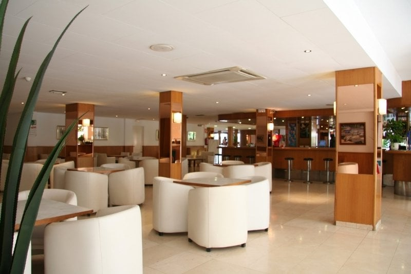 Cafeteria Hotel Garbi Park Lloret de Mar