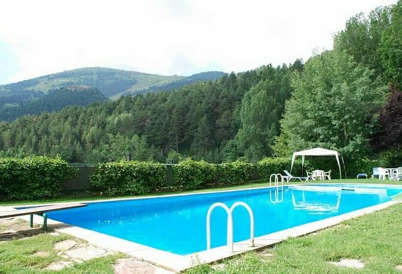 Swimming pool Hotel Adserà La Molina