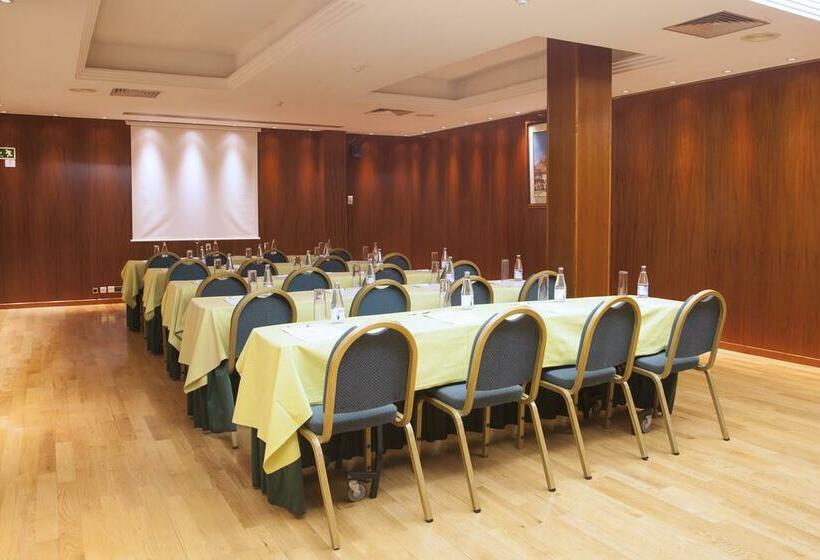 قاعات مؤتمرات فندق Vilana برشلونة
