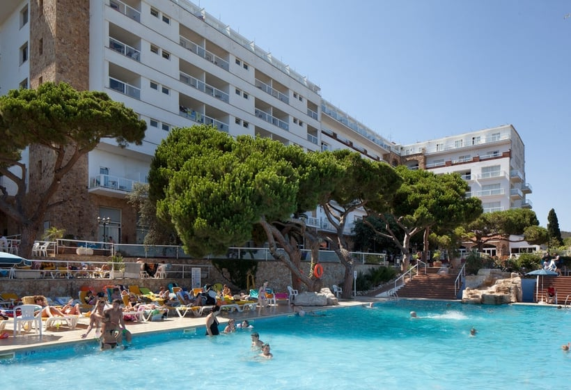 Piscina Hotel H Top Caleta Palace Playa de Aro
