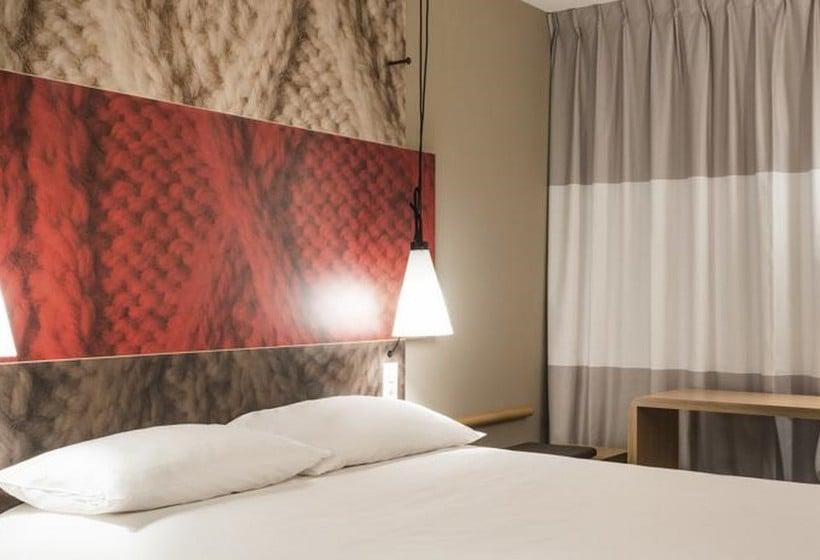 hotel ibis lyon villefranche sur saone in limas starting at r511 destinia. Black Bedroom Furniture Sets. Home Design Ideas