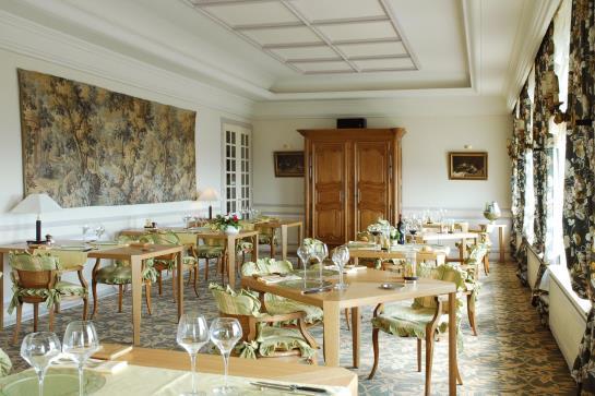 romantik hotel l 39 horizon thionville les meilleures offres avec destinia. Black Bedroom Furniture Sets. Home Design Ideas