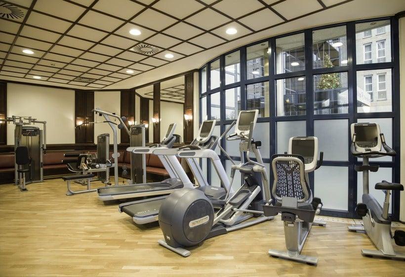 Sporteinrichtungen Hotel Hilton Nuremberg Nürnberg