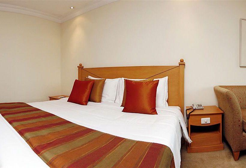 how to go to heritage hotel manila