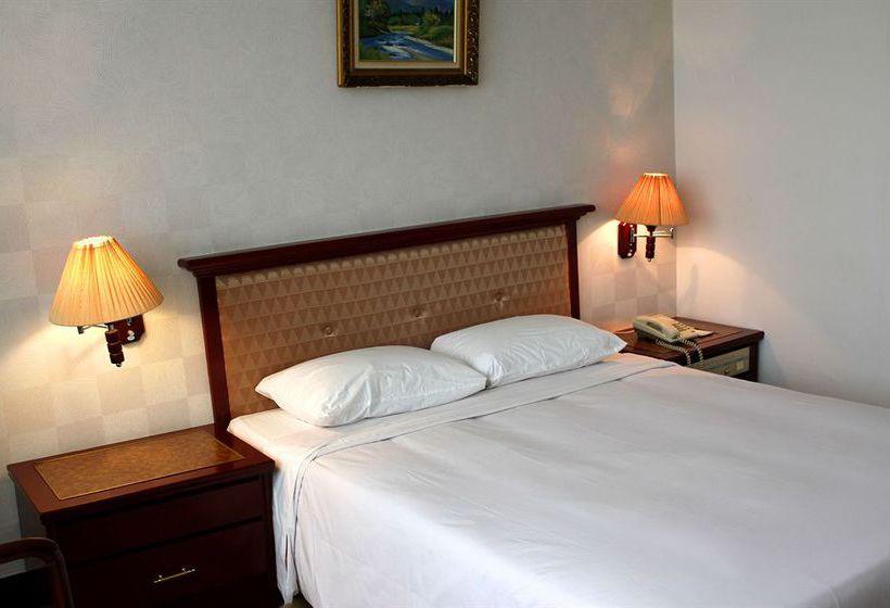 Lake Side Hotel هانوي