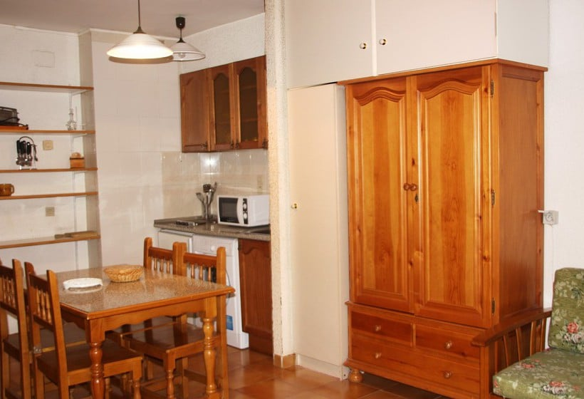 Apartamentos Deusol 3000 Incles