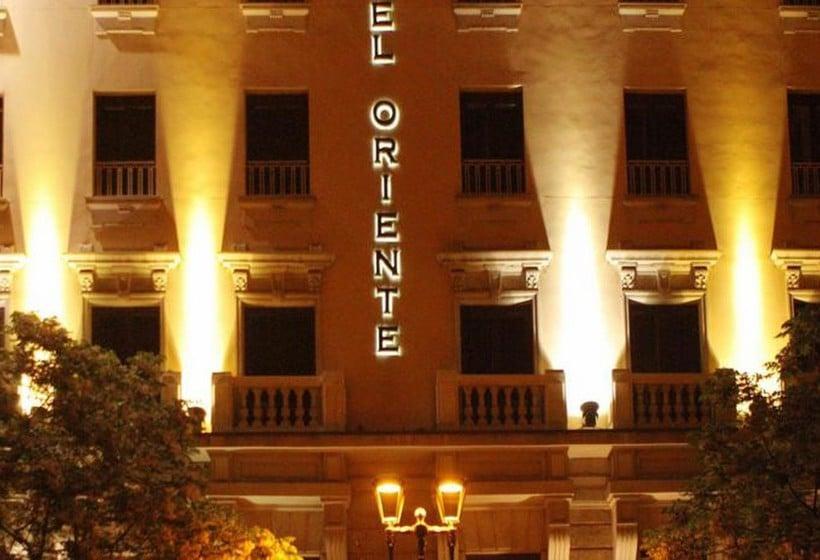 Outside Hotel Oriente Saragossa