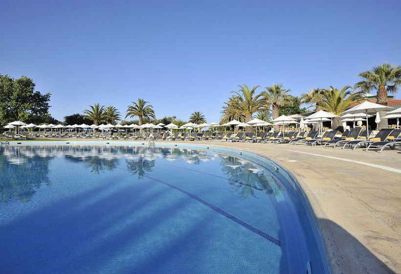 Swimming pool Hotel Tivoli Marina Vilamoura