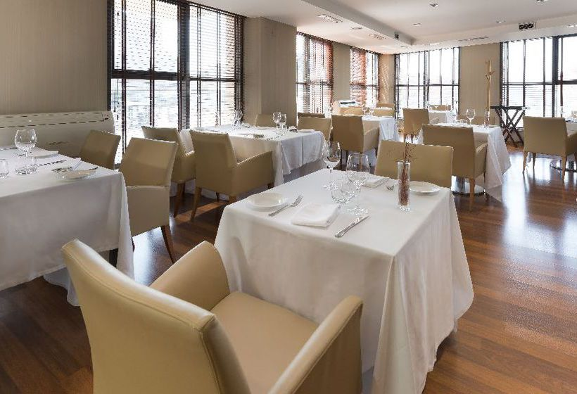 Restaurant Hotel Exe Plaza Madrid