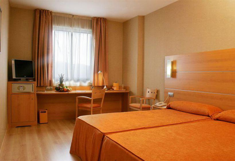 هتل Posadas de España Pinto