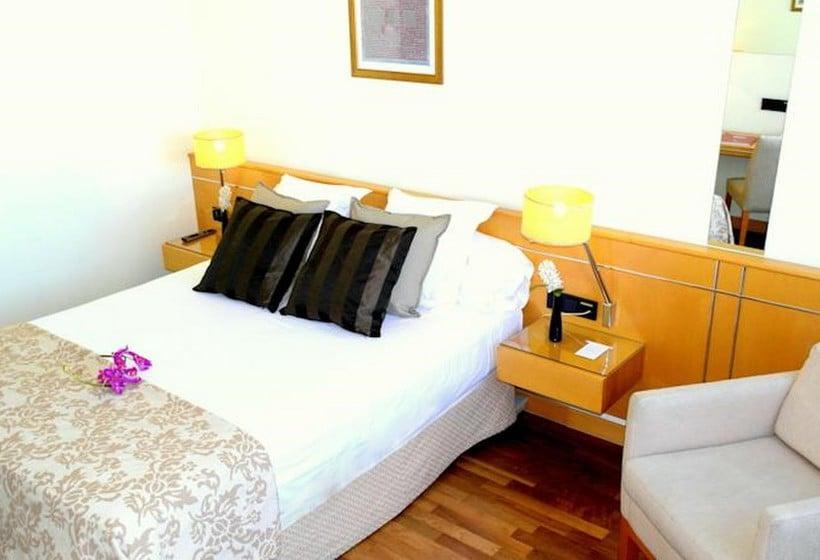 غرفة Eurohotel Diagonal Port برشلونة