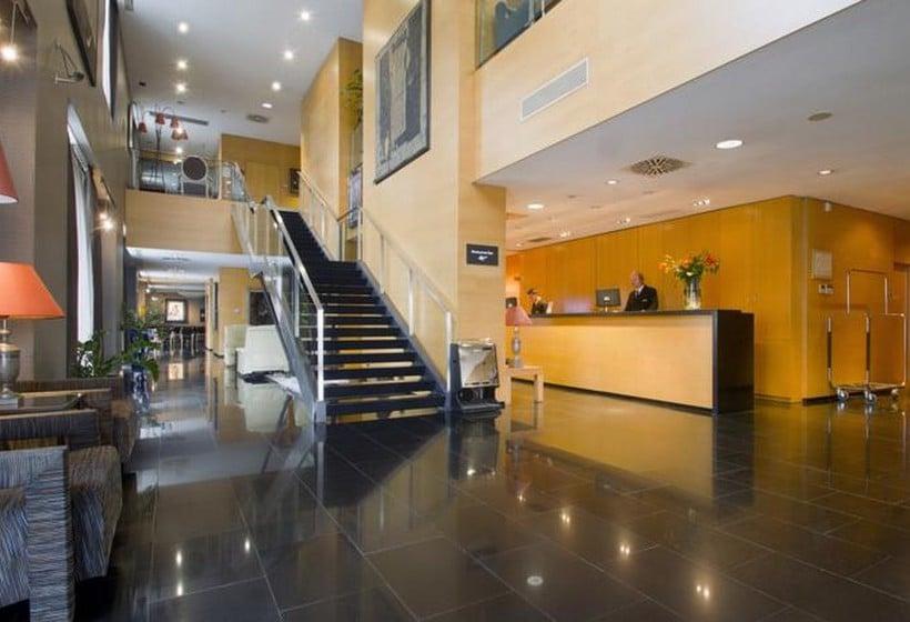 共同スペース Eurohotel Diagonal Port バルセロナ